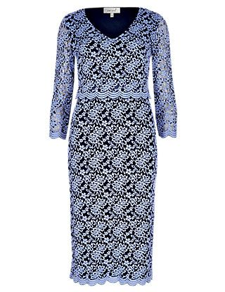 3341dff44449 Double Layered Scallop Lace Shift Dress | dresses | Pinterest ...