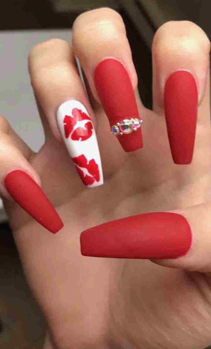 90 Cute And Easy Valentine Day Nails Acrylic Art Designs Ideas