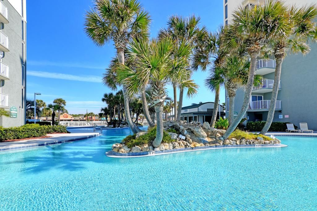 Long Beach Resort Panama City Beach Fl Booking Com Long Beach Resort Beach Resorts Panama City Beach