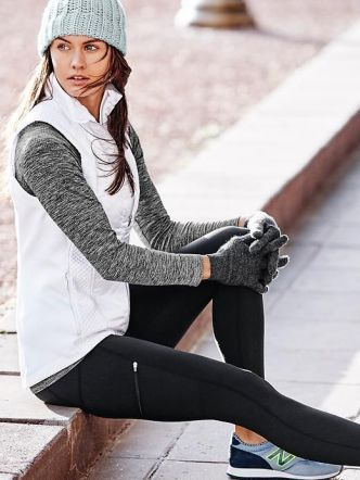 10 Brands With The Best Winter Workout Clothes is part of Workout Clothes Winter - If you're looking for some cute winter workout clothes to show off for the colder months, then these brands have the best exercise gear for that! This sports clothing is great for runners, or anyone that bears the outdoors!