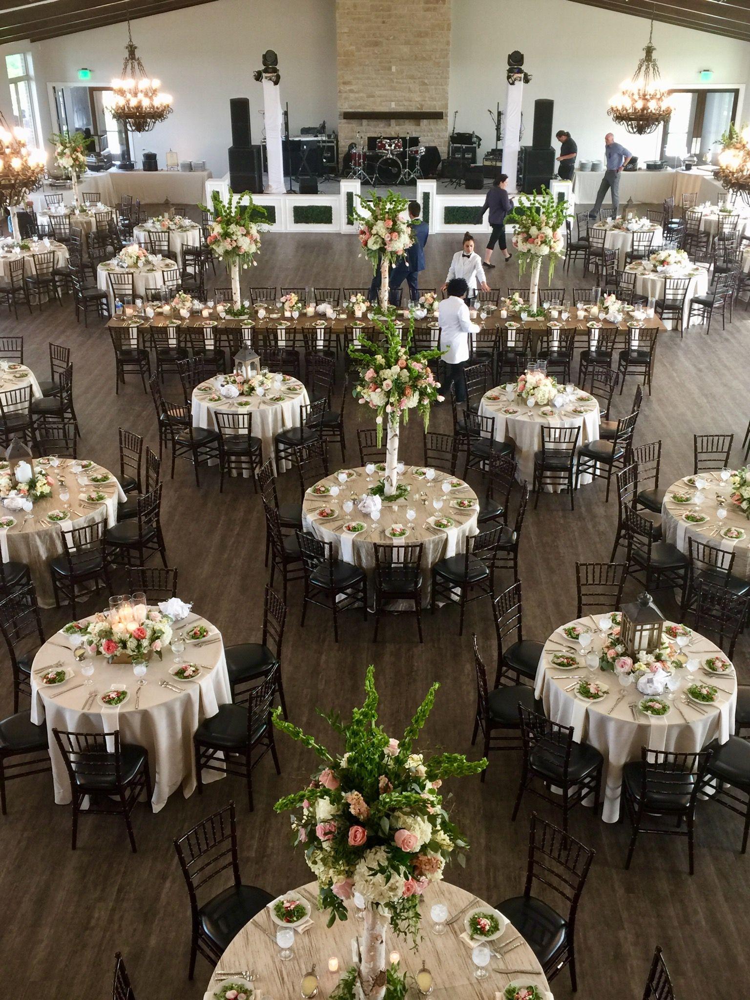 Elegant Venue Overlooking Texas Hills Dove Ridge Vineyard Just Outside Fort Worth In Weath Wedding Reception Layout Large Wedding Venues Elegant Wedding Venues