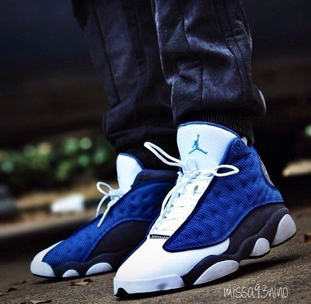 d61e2a3f82da20 Jordan 13 blue and white