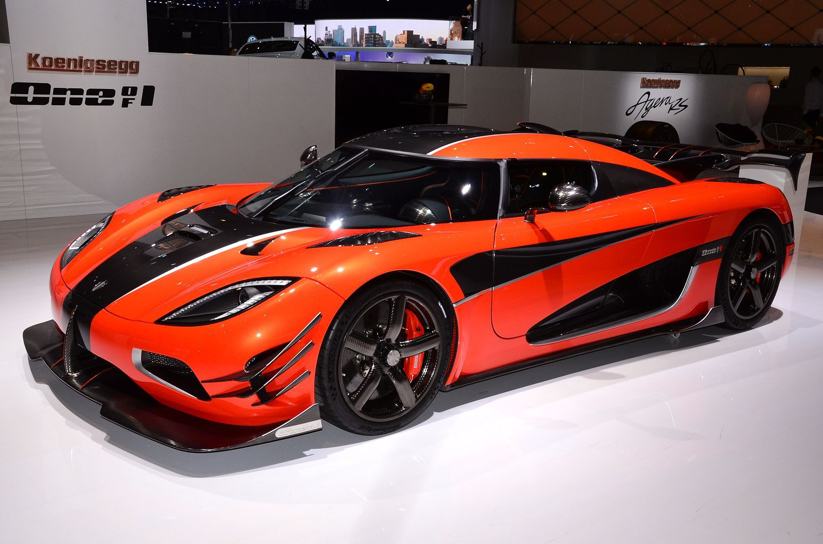 gen ve 2016 live koenigsegg agera one of 1 voitures fibre de carbone et chappement. Black Bedroom Furniture Sets. Home Design Ideas