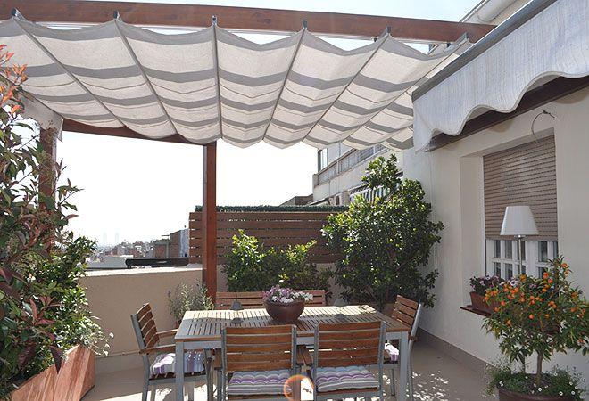 Las terrazas de adriana y carmen las terrazas casas for Mobiliario terraza pequena