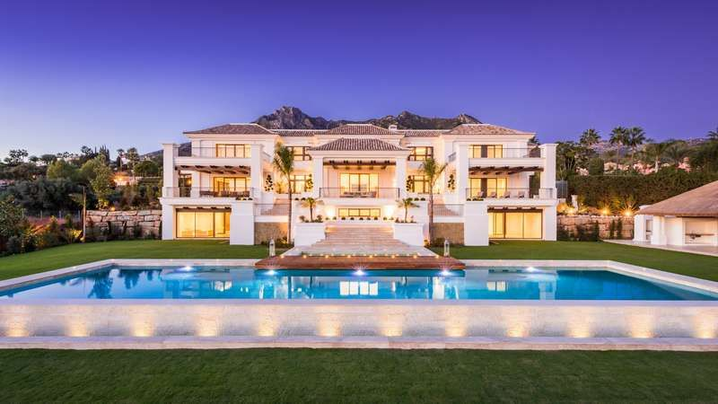 Stunning Modern Mansions Modern Home Modern Mansion Mansions Mansions Luxury