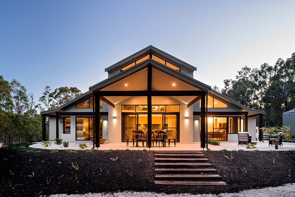 Back of the house evening Beautiful Modern House in Australia ...