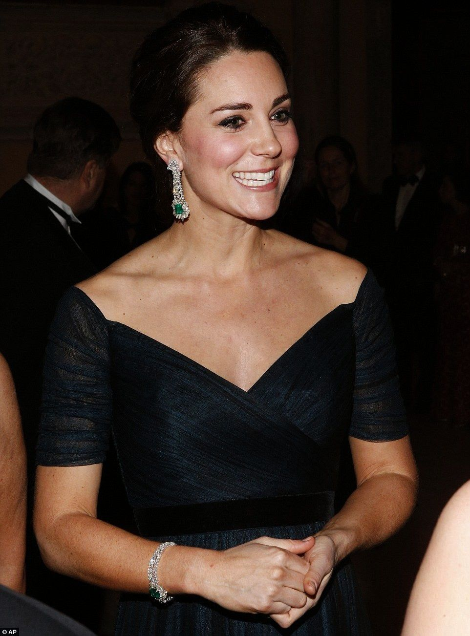 and Wills attend University of St Andrews anniversary dinner  Kate and Wills attend University of St Andrews anniversary dinner   Wall Decor Ideas Love love this home off...