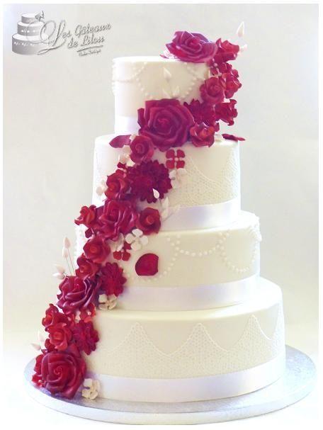 Wedding Cake Rouge Passion Les Gâteaux De Lilou Cake Design