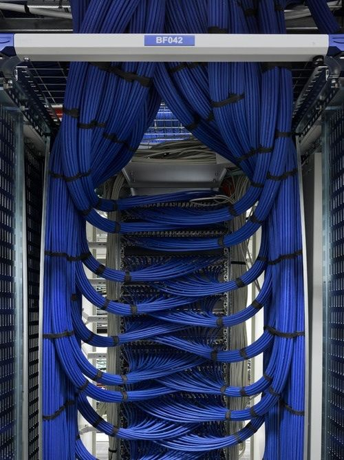 Beautiful server.   Online degree programs, Cable and Tech