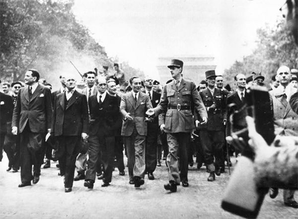 26 Aug 44 General Charles De Gaulle Leads A Parade Down The Champs Elysees To Celebrate The Liberati Liberation Of Paris Today In History Champs Elysees Paris