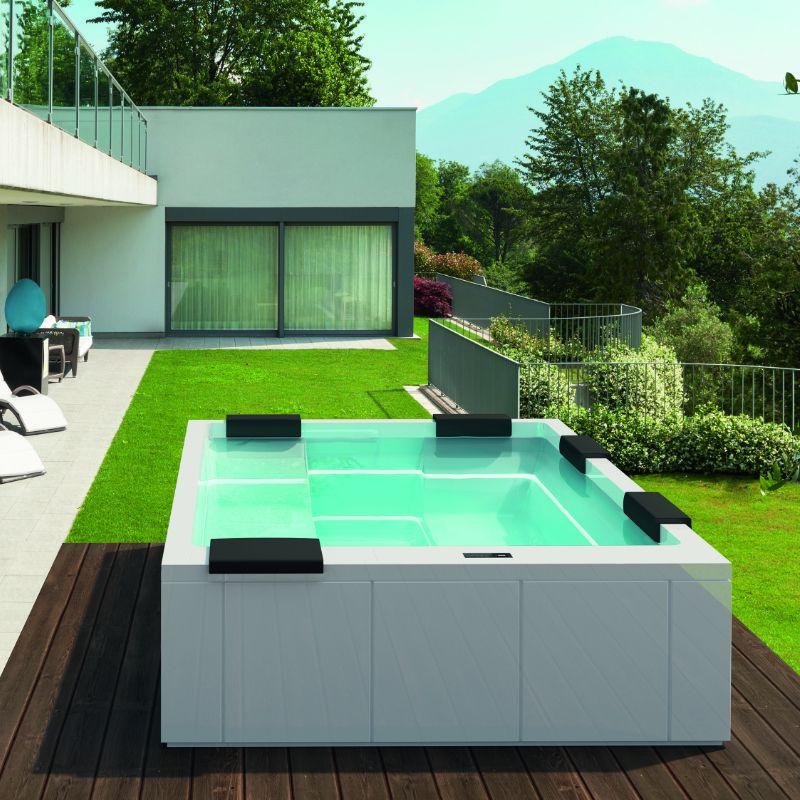 Whirlpool Outdoor Über 100 Modelle verfügbar Kleine
