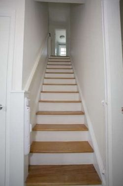 Best Railing Idea With Images Narrow Staircase Staircase 640 x 480