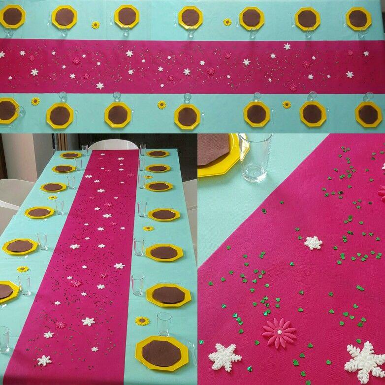 Table d'anniversaire thème Frozen fever La reine des neiges - Une fête givrée