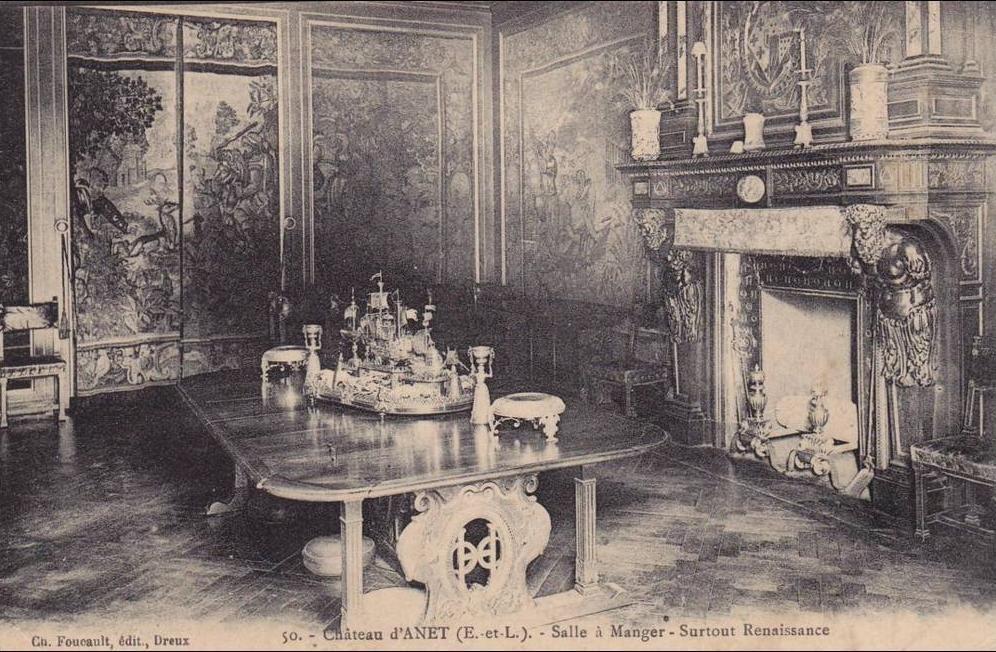 Anet - Anet - Château - Salle à manger - Surtout Renaissance 28