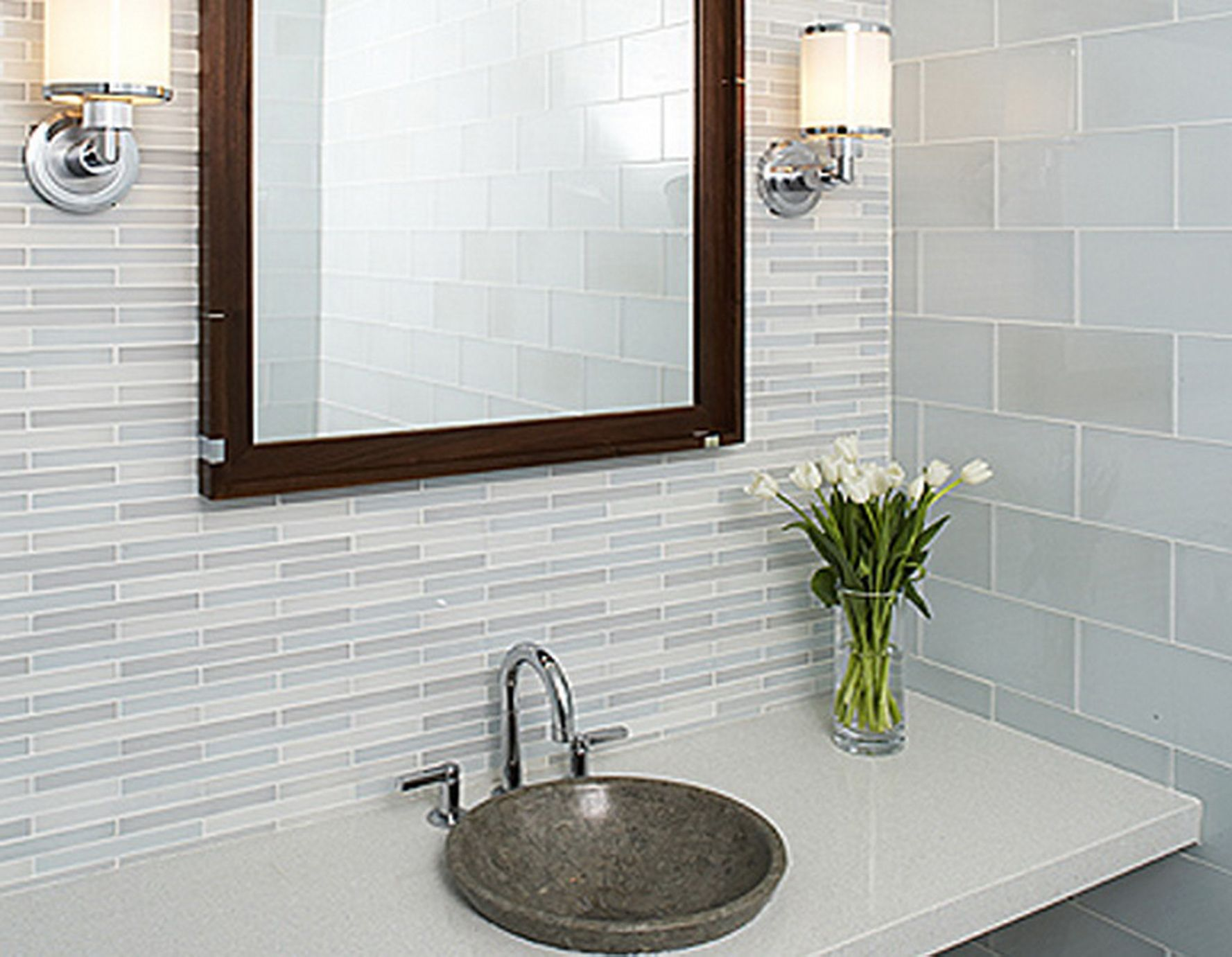 Dazzling Mirrored Backsplash Tiles For Glorious Kitchen Looks: Appealing  Small Modern Bathroom Mirrored Backsplash Tiles With Flower Vase And Wall  Sconces ...