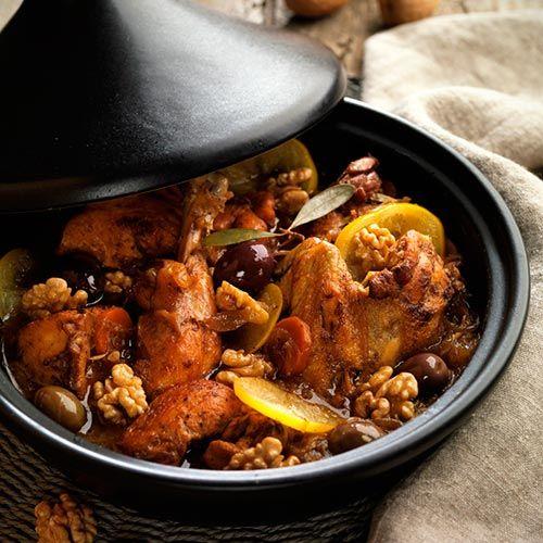 Tajine De Pollo Con Limón Aceitunas Y Nueces Nueces De California Recetas Marroquíes Recetas Libanesas Comida Arabe Recetas