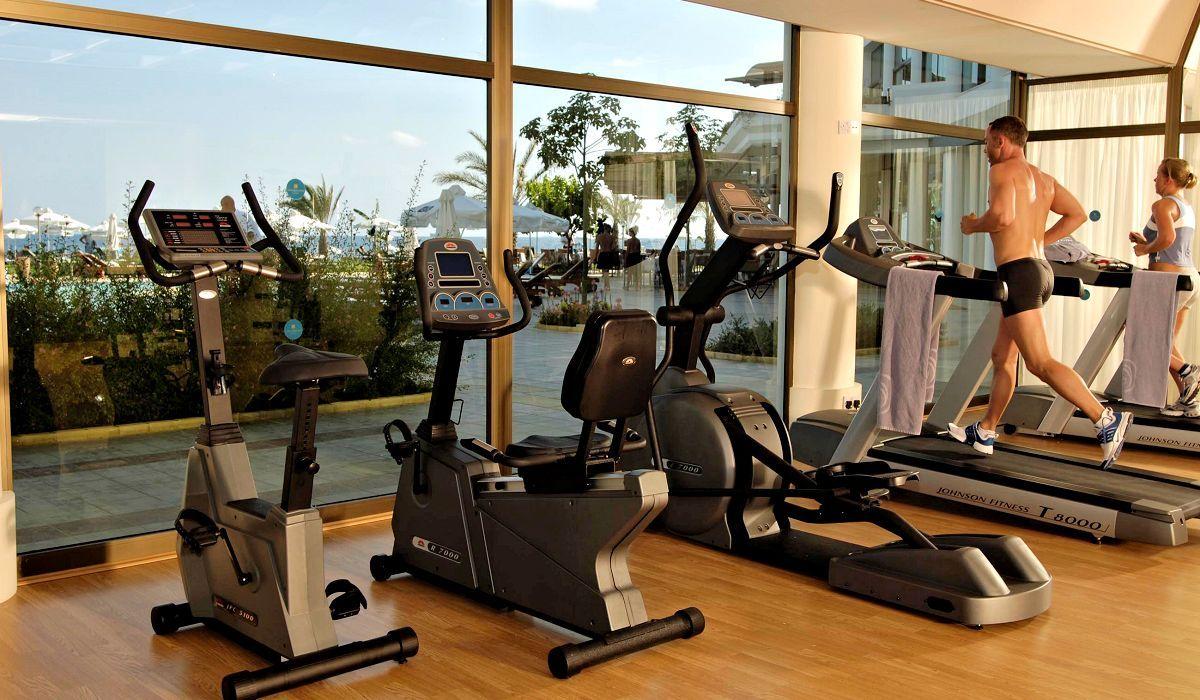 Constantinou Bros Athena Royal Beach Hotel 4 Star Hotel In Paphos Cyprus Gallery Beach Hotels Hotel Royal Hotel