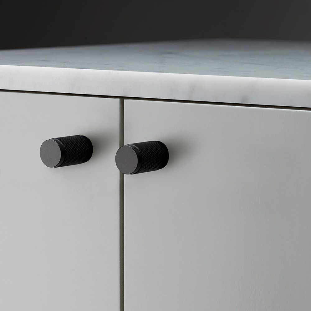 a solid base with diamondcut knurled handle detailing works great on cabinet doors wardrobe drawers cupboards kitchen units and just about anything