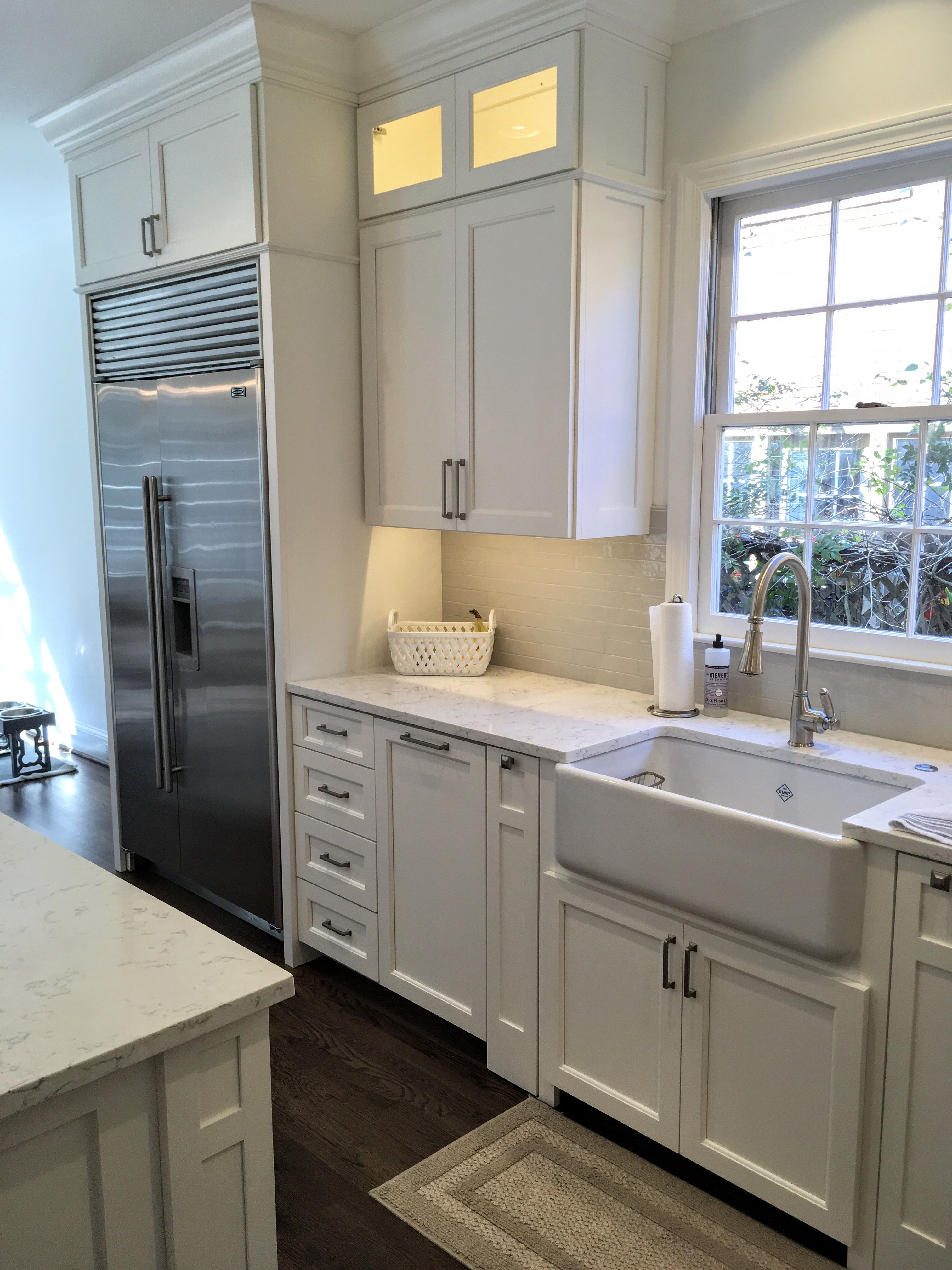 Finished Kitchen Shaker Doors On Full Overlay Cabinets Finished In Sherwin Williams Greek Villa Wh Full Overlay Cabinets Cabinet Doors Kitchen Cabinet Design