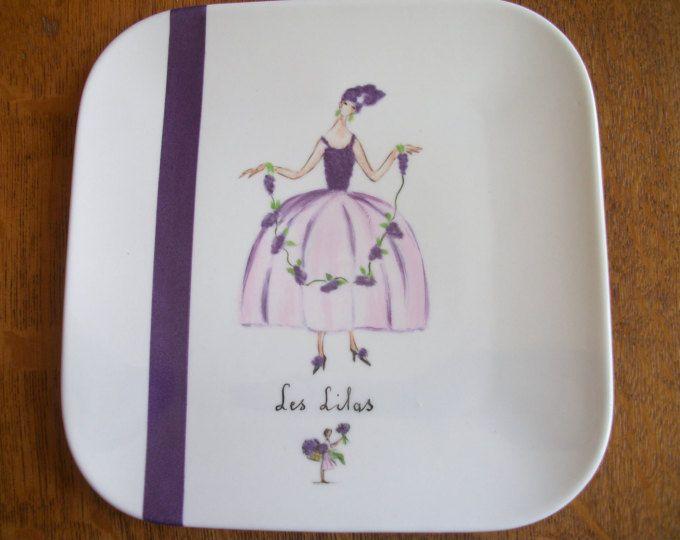 assiette carrée à dessert avec motif art déco peinte main sur - maison avec tour carree