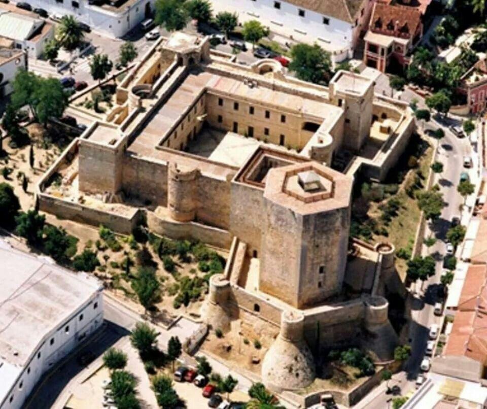 Castillo De Santiago Sanlúcar De Barrameda Cádiz Cádiz Castillos Costa De La Luz