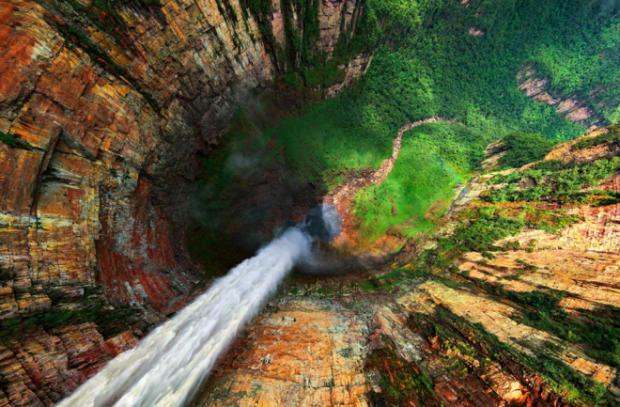 47 Breathtaking Photographs of Waterfalls from around the World - BlazePress