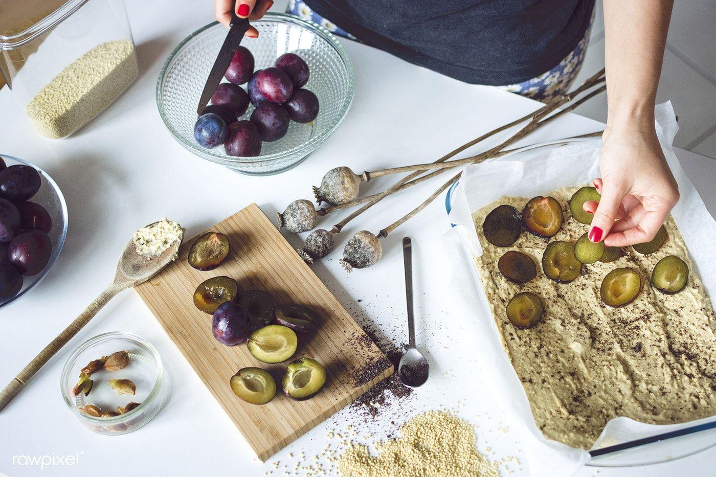 Baking Polish plum cake (Placek ze Sliwkami) free image