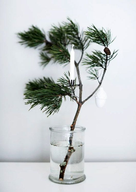 a sweet simple tree alternative, via weekday carnival. / sfgirlbybay