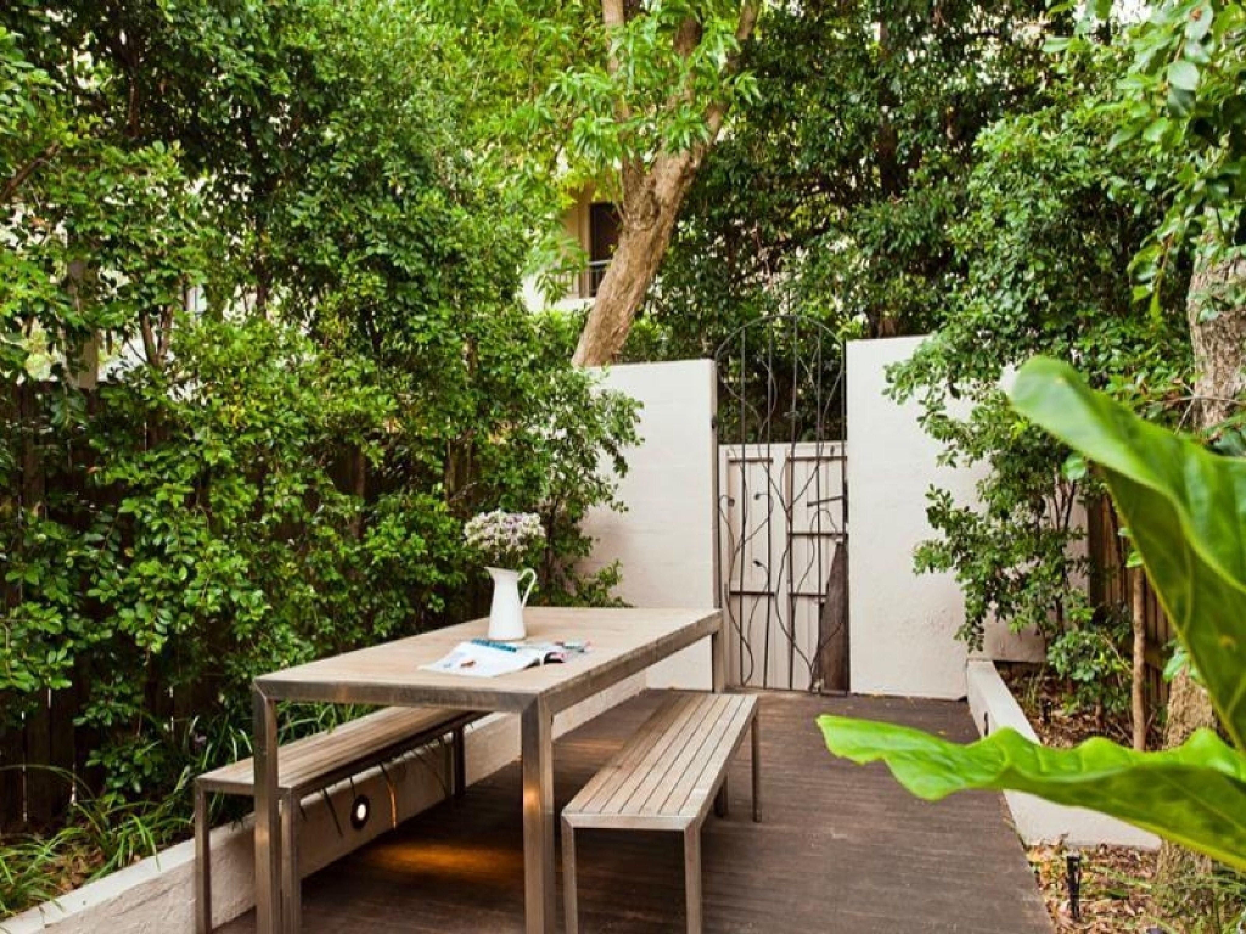 Tropical Backyard Design Ideas - best interior paint brands Check ...
