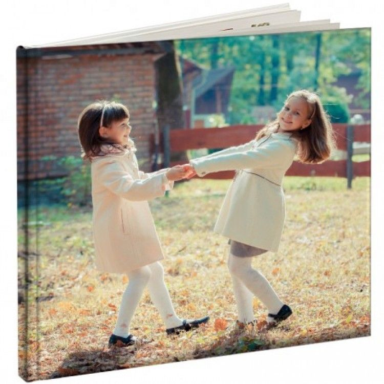 Give your mother a personal gift this year photo books