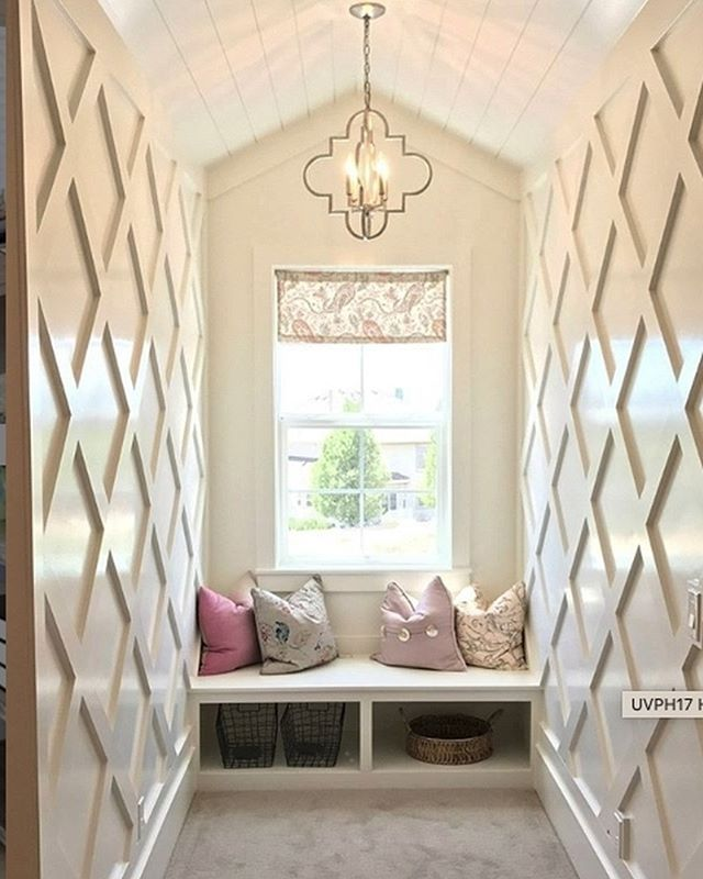 Feature Wall Wainscoting: Feature Wall Bedroom, Wainscoting Styles