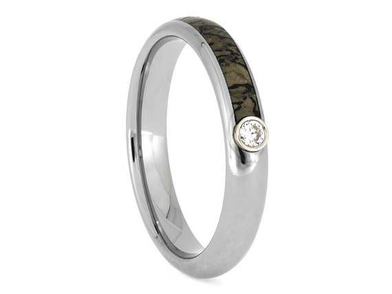 Dinosaur Bone Wedding Band, Titanium Ring With Moissanite, Titanium Wedding  Ring, Fossil Jewelry