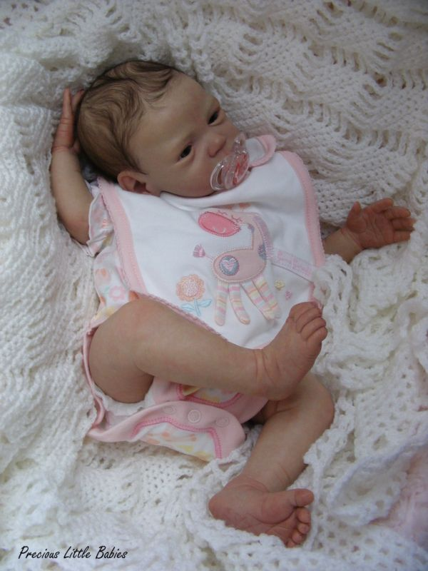 16 Inch Baby Doll That Looks Like A Real Baby Baby Dolls