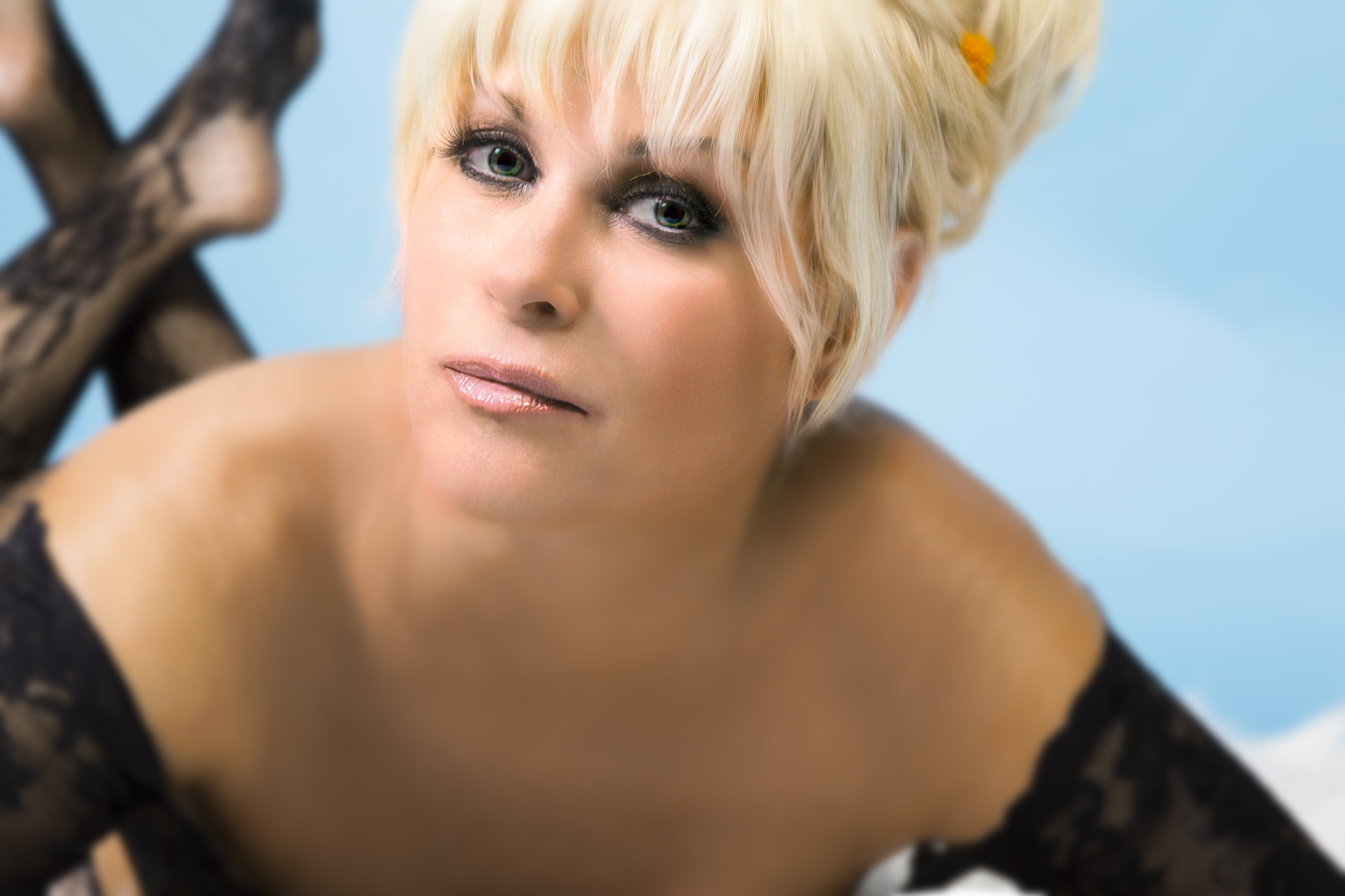 showbiz analysis: lorrie morgan on the power of music and