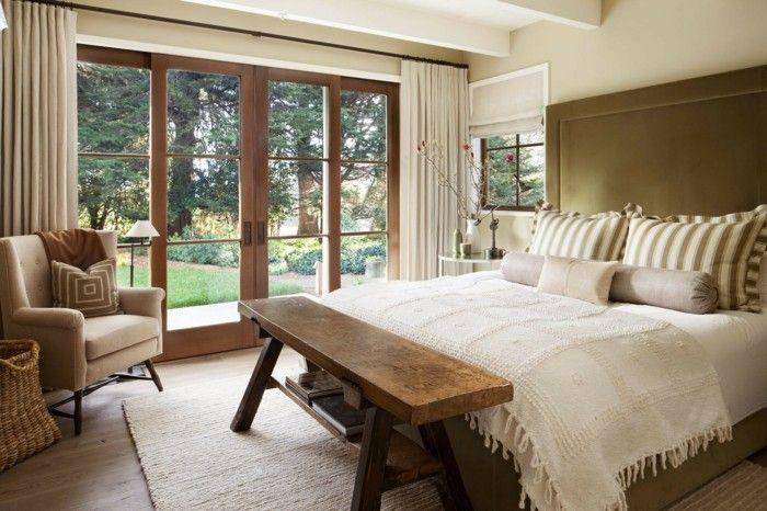 Rustikale Gardinen landhausstil schlafzimmer rustikale schlafzimmerbank helle gardinen