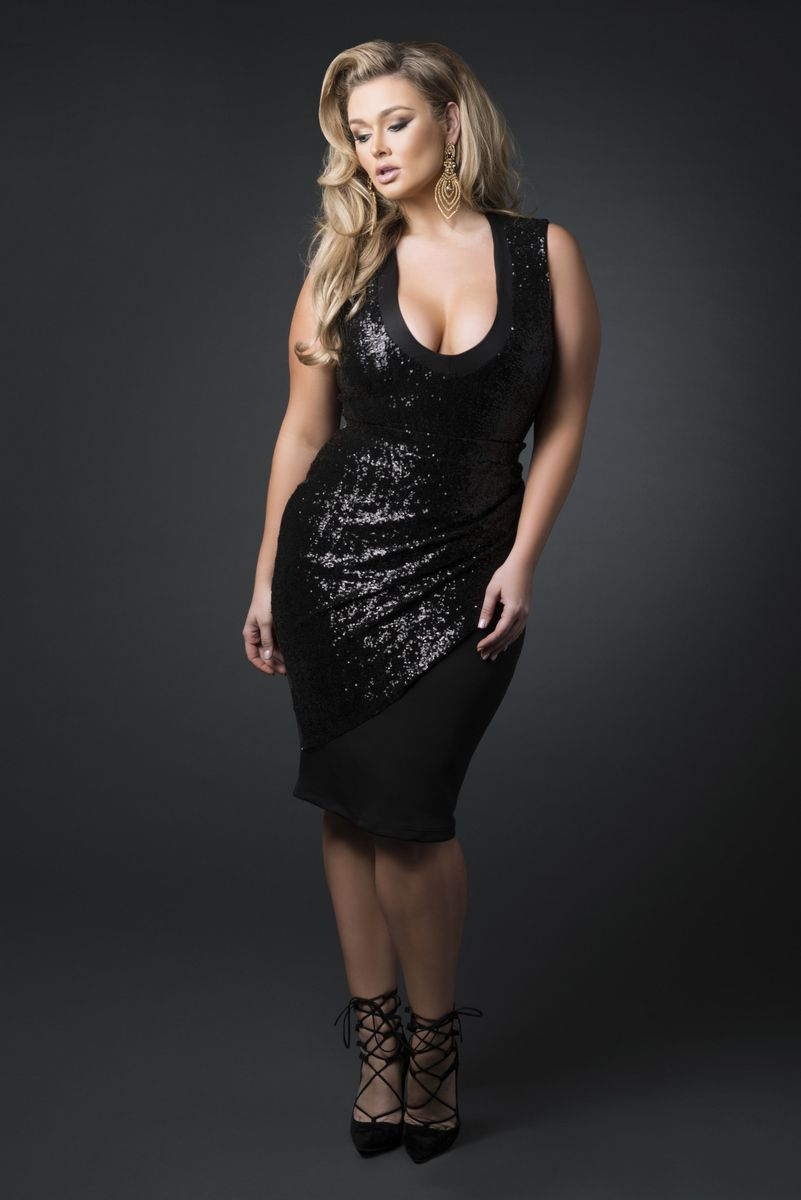 Photo of The Z By Zevarra Plus Size Designer Holiday Collection!