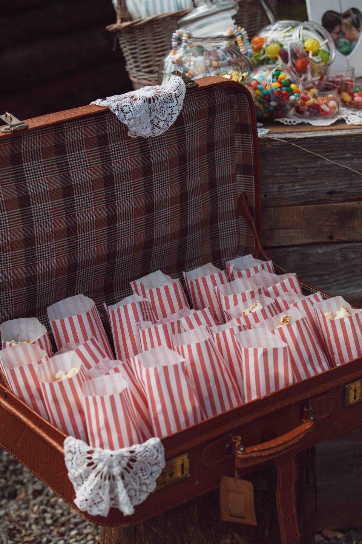 Allgau Hochzeit Im Vintage Stil Von Wertvoll Fotografie Ashley S