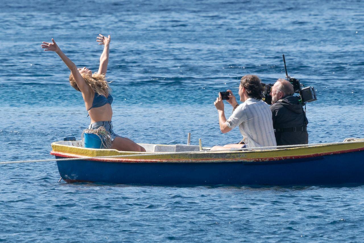 Lily James Lilyjames On Croatian Set Of Mamma Mia Here We Go Again 15 09 2017 Http Ift Tt 2jytnap Mamma Mia Mama Mia Lily James