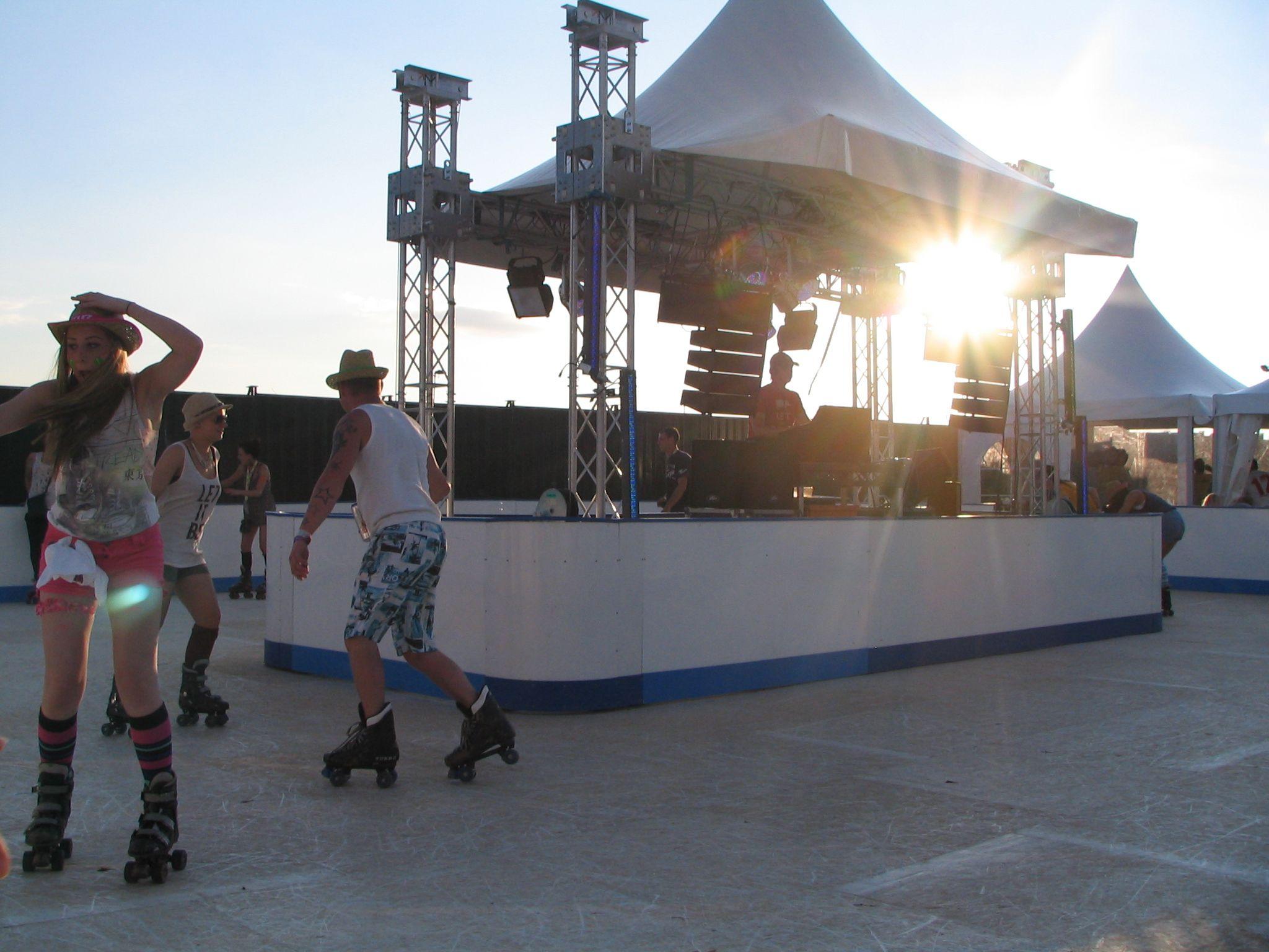 Roller skating rink hire - Roller Skating Roller Rink Hire