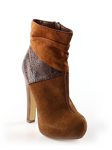 Used Women S Shoes Footwear Thredup Boots Shoes Second