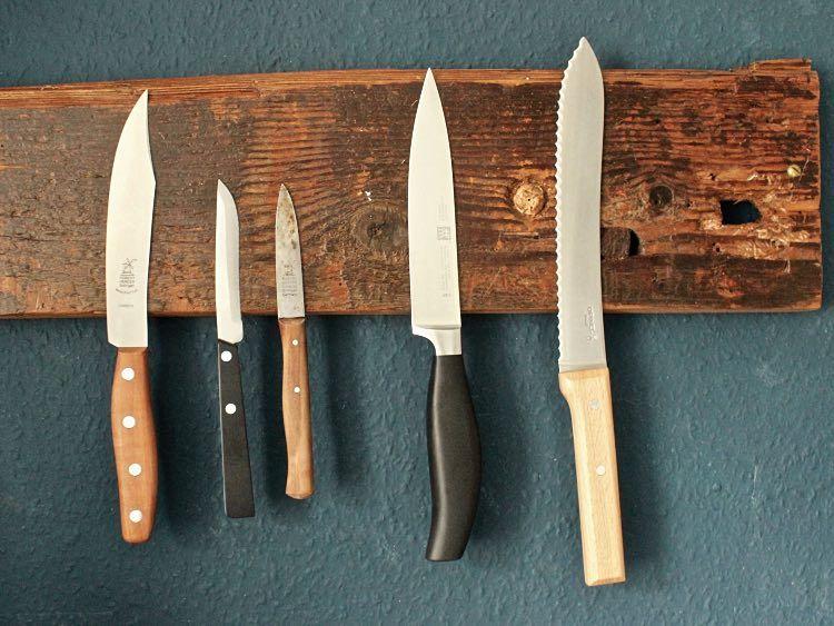 DIY-Anleitung Magnetische Messerleiste aus Holz selber bauen via - küche selber bauen