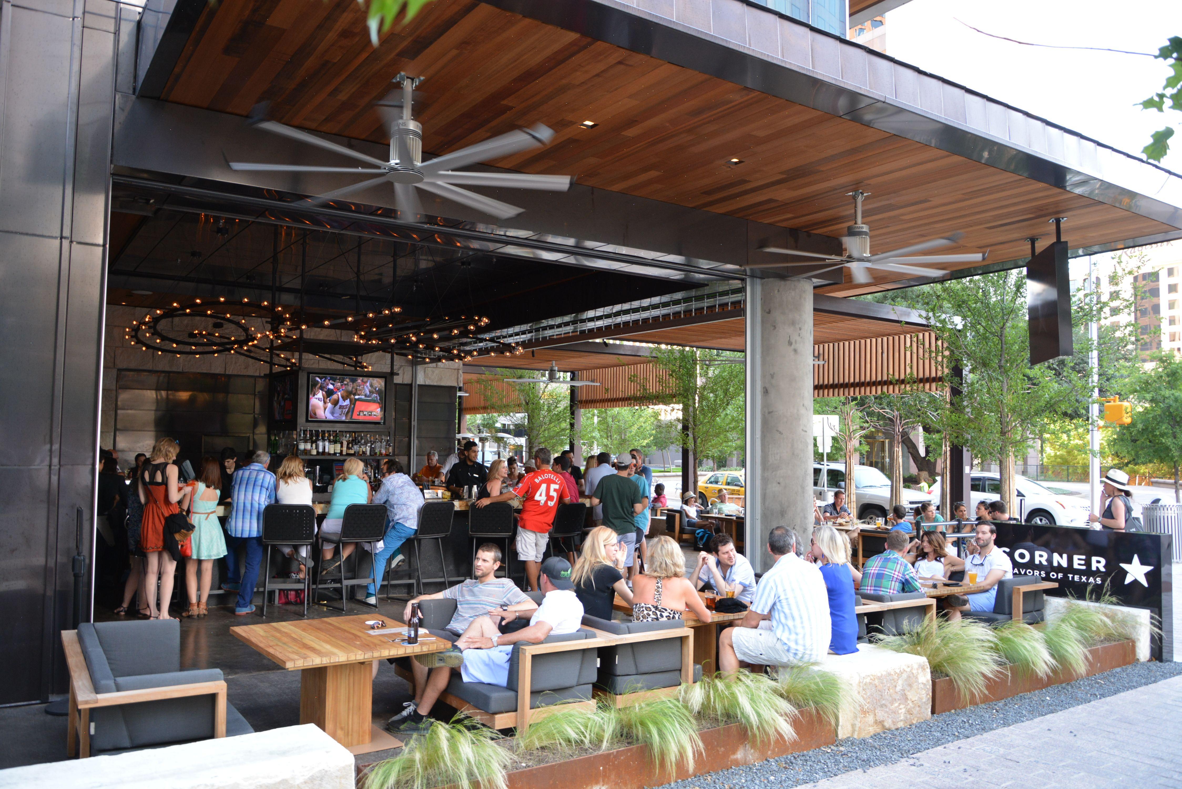 The Corner Bar At Jw Marriott Austin Tx