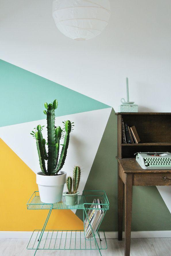 Décoration formes géométriques graphique intérieur lignes matériaux murs peinture