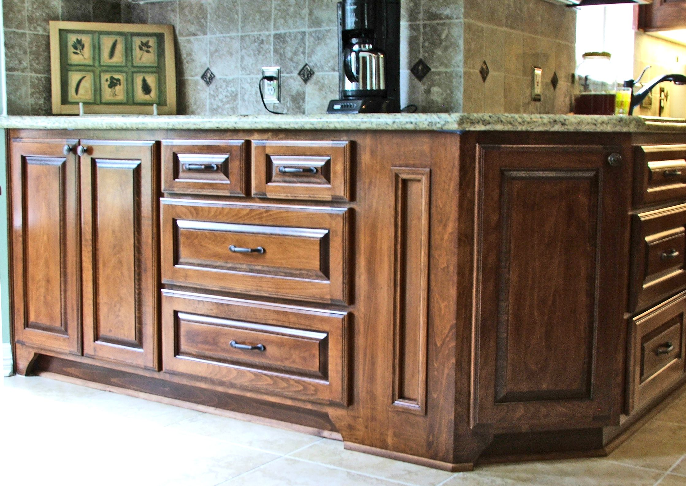 cabinets shaker reviews hampton white ideas popular cabinet imgid of bay and pantry awesome kitchen