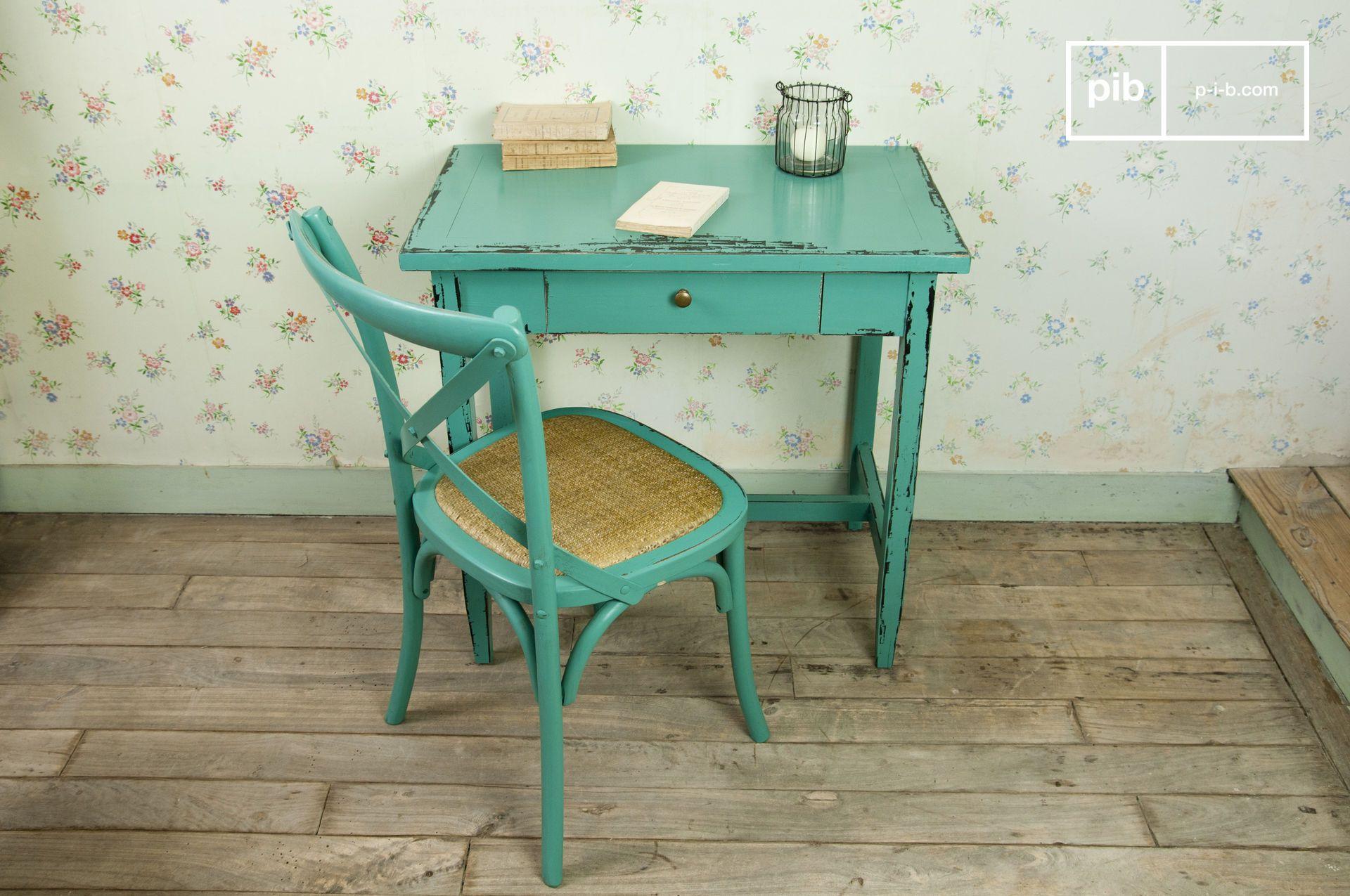 Interieur Kaptafel Styling : Voeg een vleugje kleur toe aan je interieur met deze tafel leuke