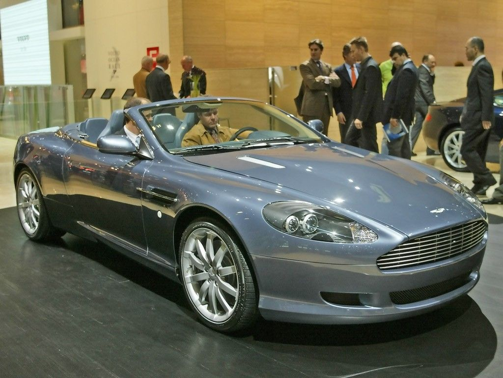 That Your Aston Martin DB Volante Outside Pal Caters - 2004 aston martin db9