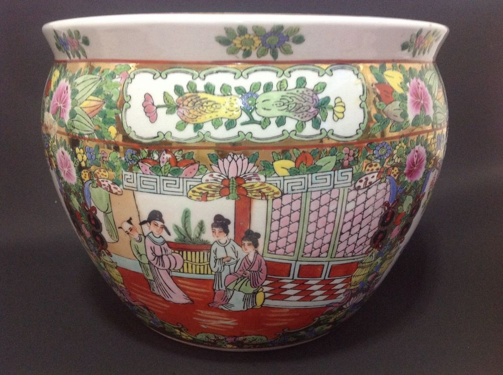 Chinese Porcelain Rose Medallion Planter Fish Bowl 8 H 11 W Marked