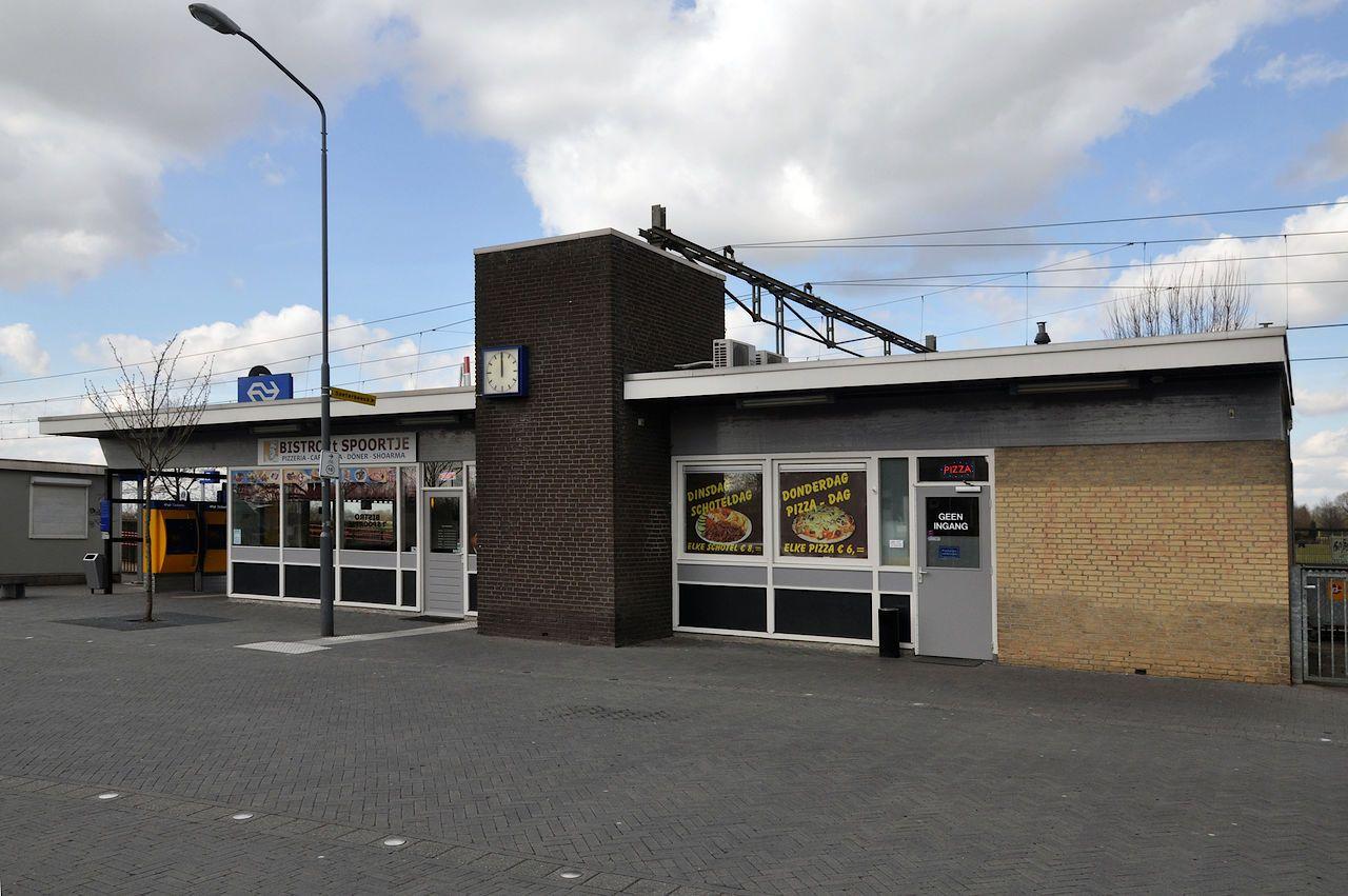 station Ravenstein