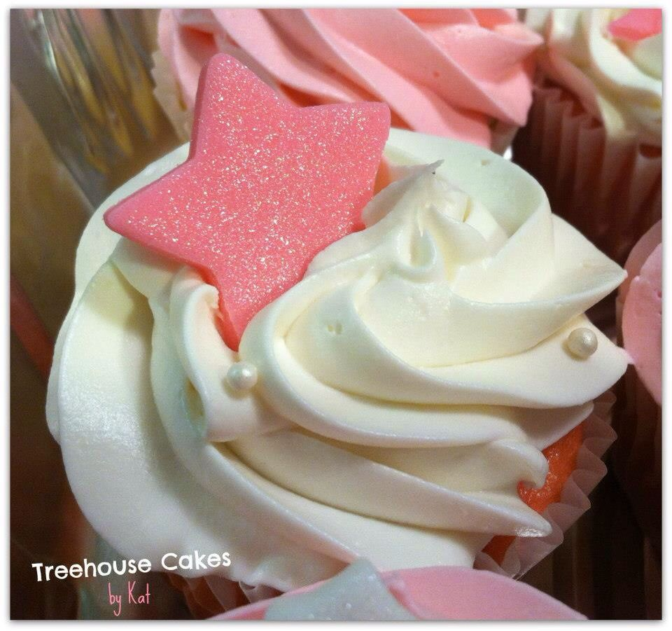 For more photos of these cupcakes visit the Treehouse