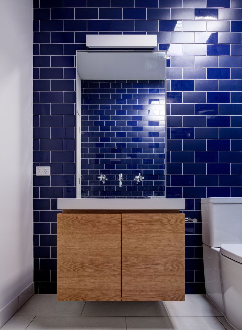 Bathroom Design Idea Mix And Match Glossy And Matte Tiles Bathroom Design Bathroom Renovations Matte Tile
